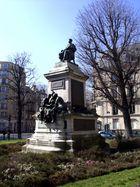 Das Alexandre Dumas-Denkmal