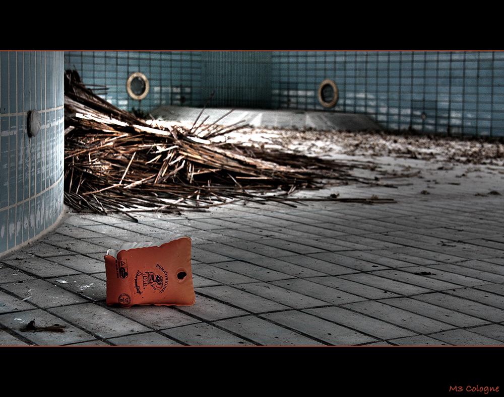 Das alte Schwimmbad II