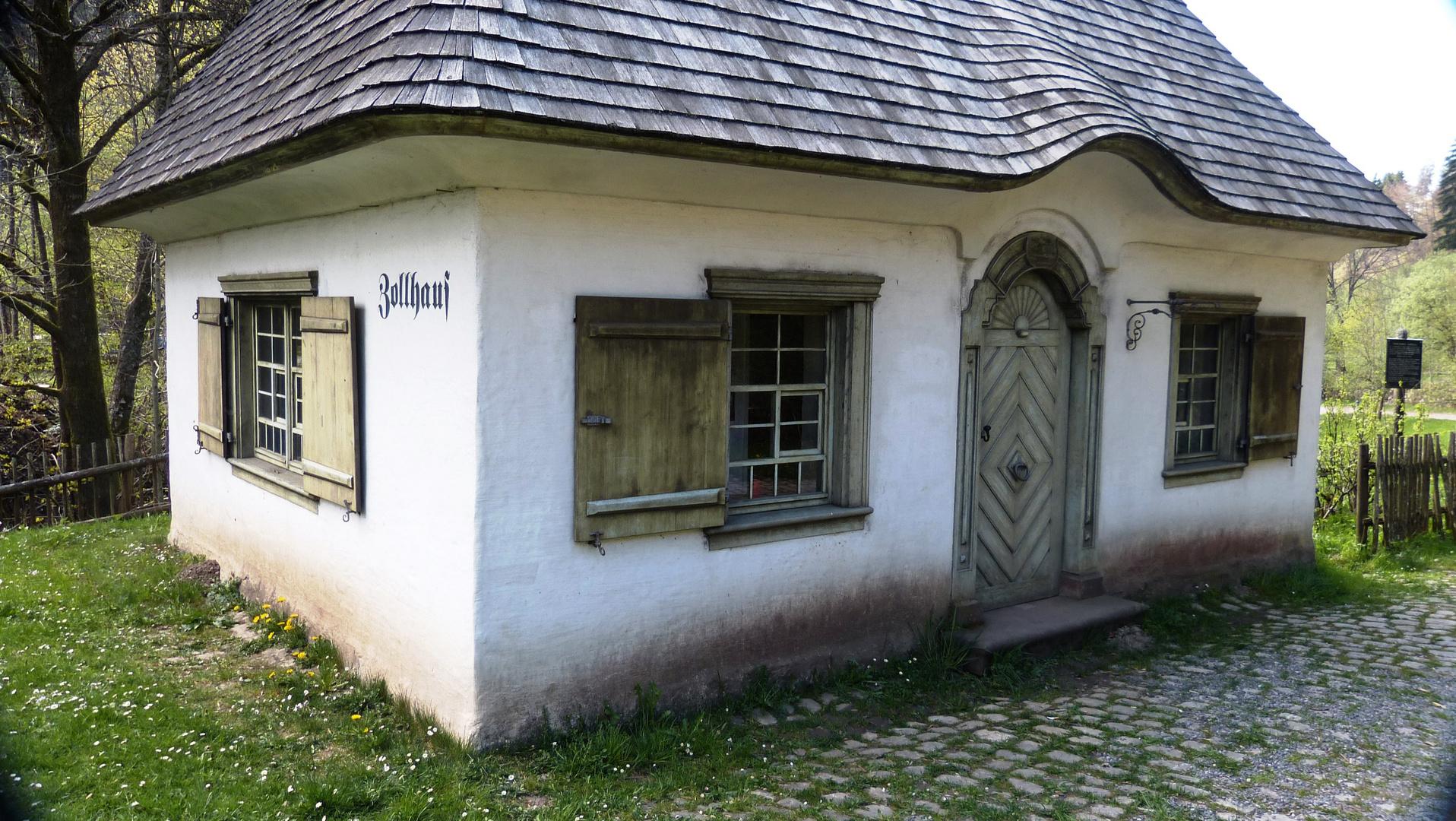 das alte Zollhäuschen im Höllental
