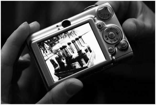 """Das alternative fotografische Solo 20 (""""Kaffeesahne meets Bierflaschen ..."""" von Kai Wesolowski)"""