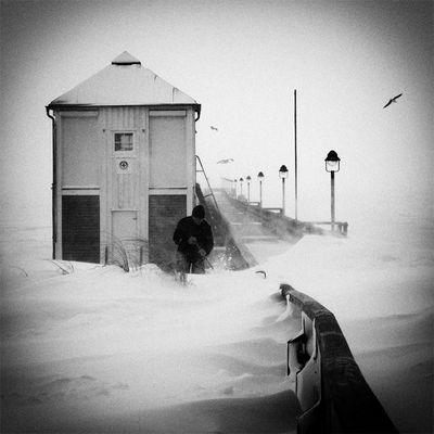 """Das alternative fotografische Solo 42 (""""Der Schneesturm"""" von Peter Mertz)"""