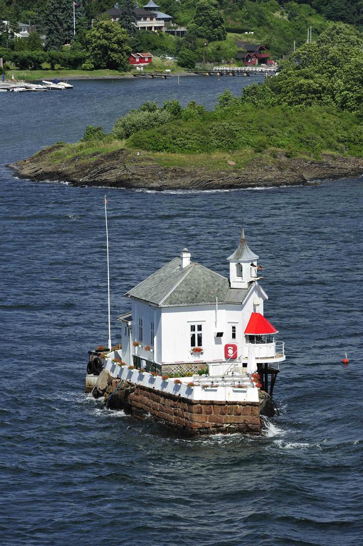 Das berühmte kleine Restaurant im Oslofjord kurz vor Oslo