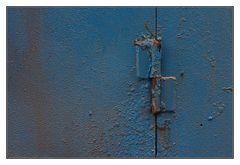 das blaue Scharnier