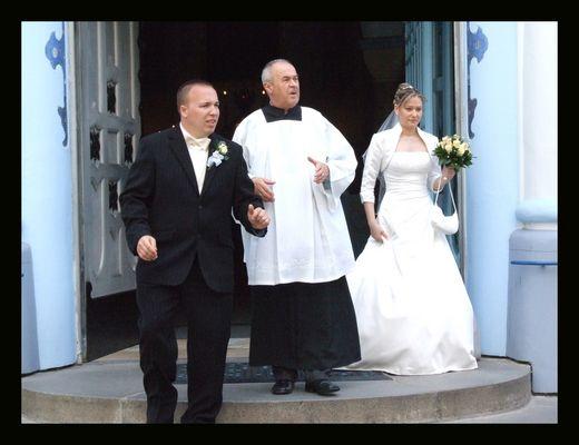 Das Brautpaar und der Pfarrer!