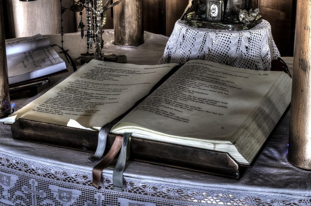 Das Buch in der Kupferkapelle