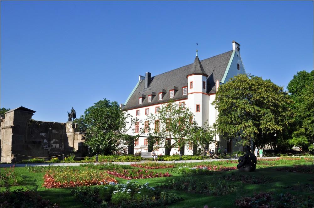 Das Deutschherrenhaus ...