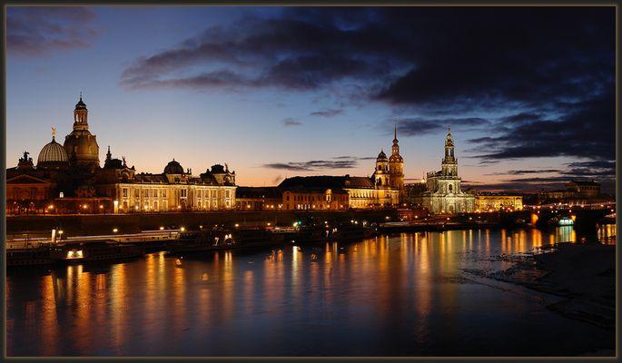 DAS Dresdenbild bei Nacht!