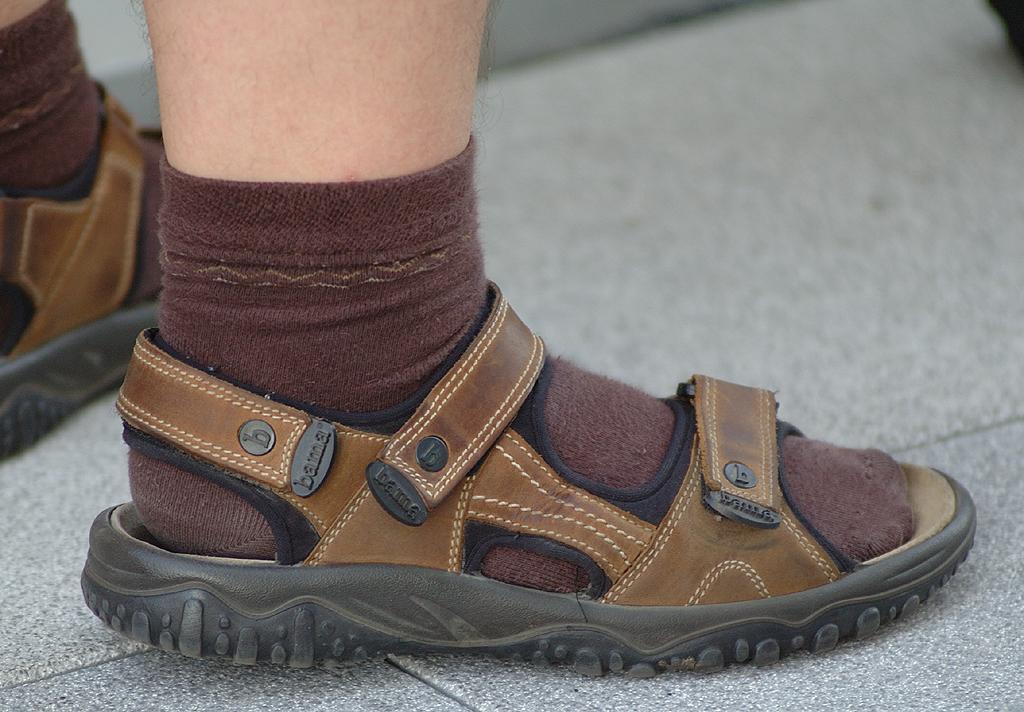 Das droht auch bald wieder bei Wärme-Sandalen und Socken