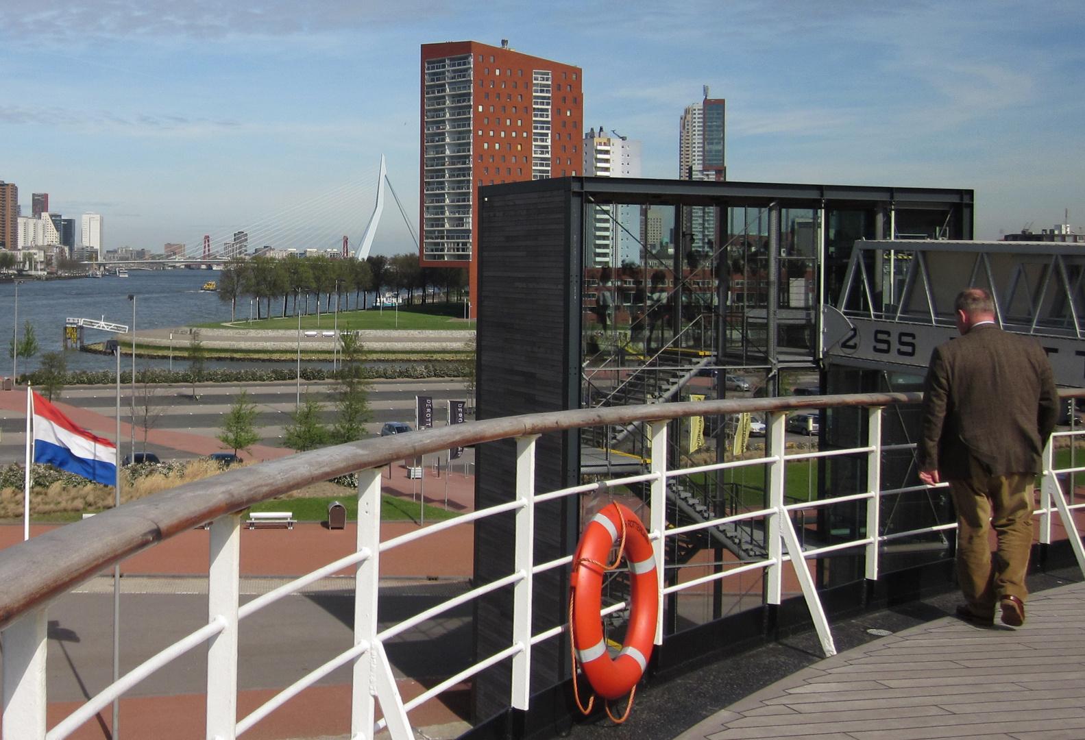 Das ehemalige Kreuzfahrtschiff ss Rotterdam Baujahr 1958 - 3 - Ende -