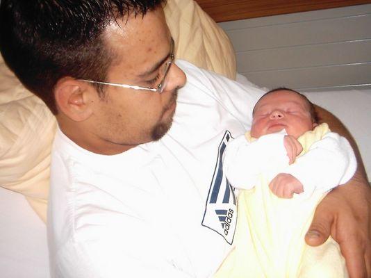 Das erste Foto mit Papa