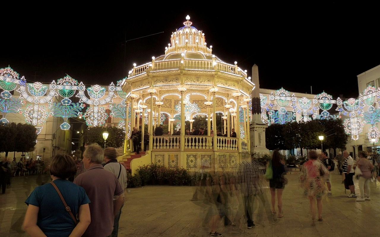 Das Fest ist aus - Mitternacht auf der Piazza