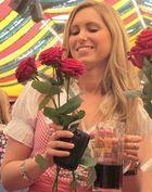 Das Glück bei Bier u. Blumen