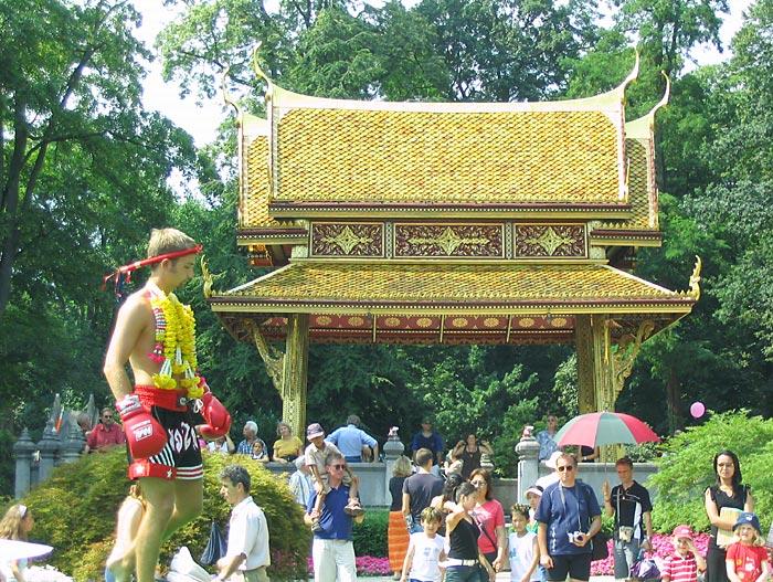 das grosse thailändische Sommerfest 2006
