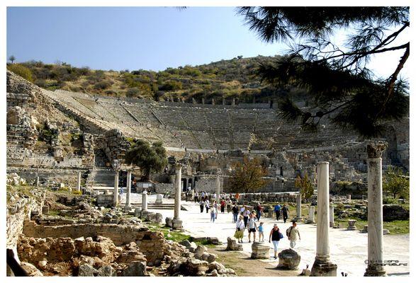 Das große Theater von Ephesus
