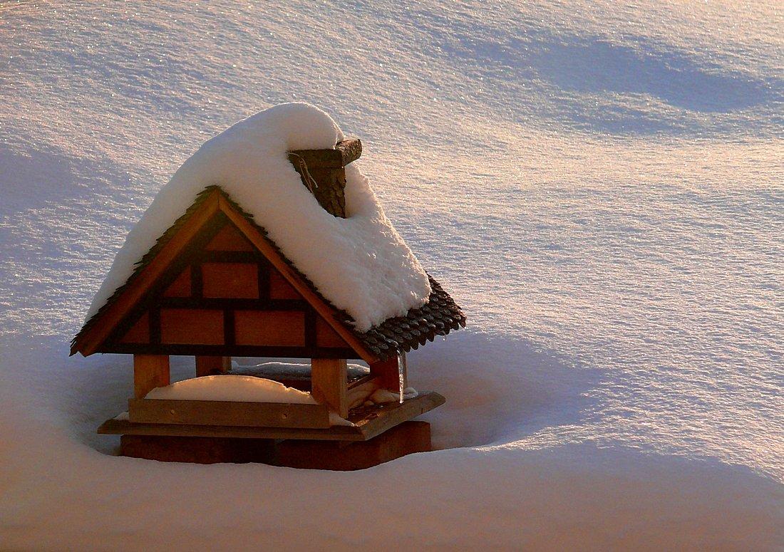 Das Häuschen im Schnee