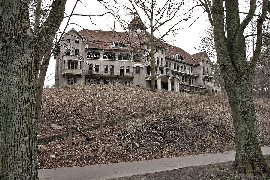 Das Haus auf dem Hügel