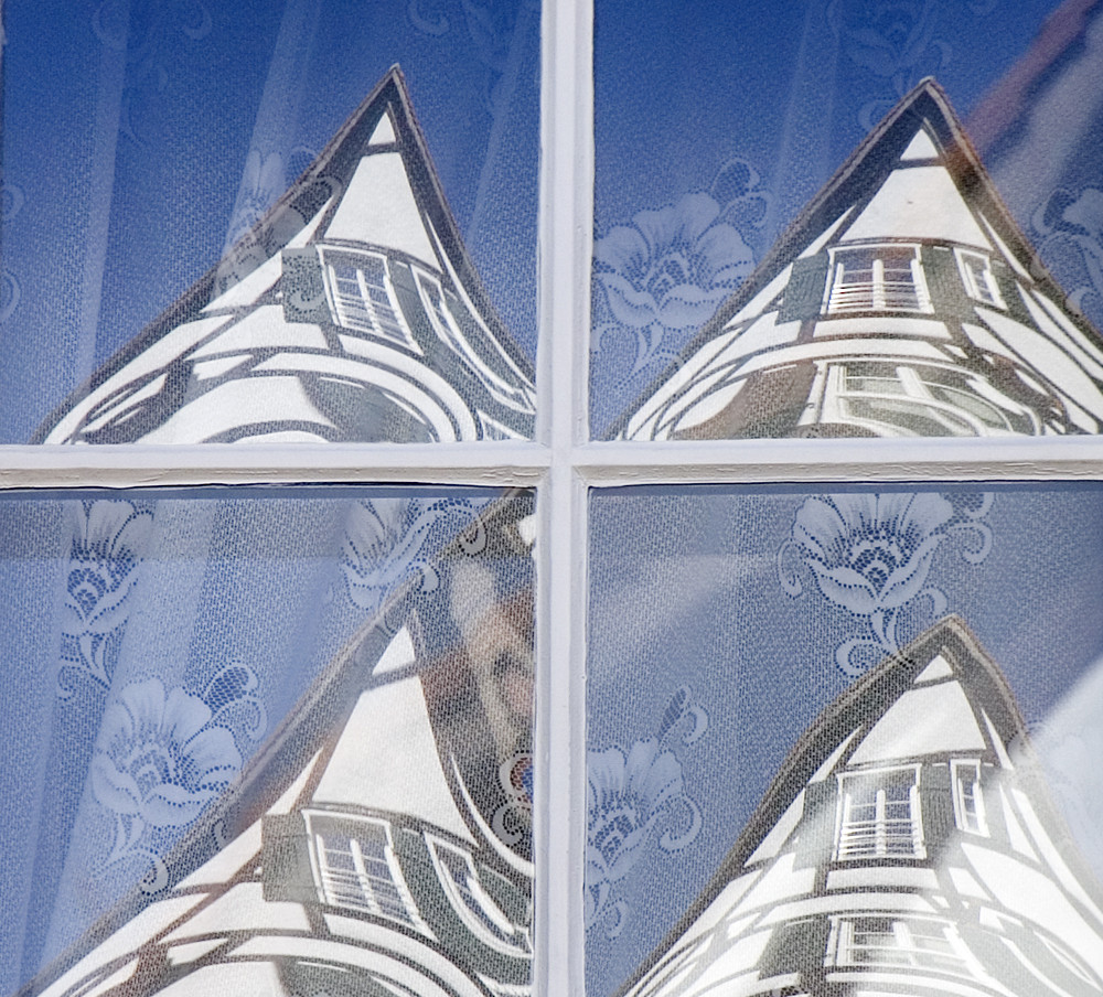 Das Haus im Fenster