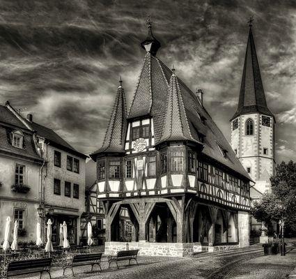 Das historische Rathaus von Michelstadt / Odw.