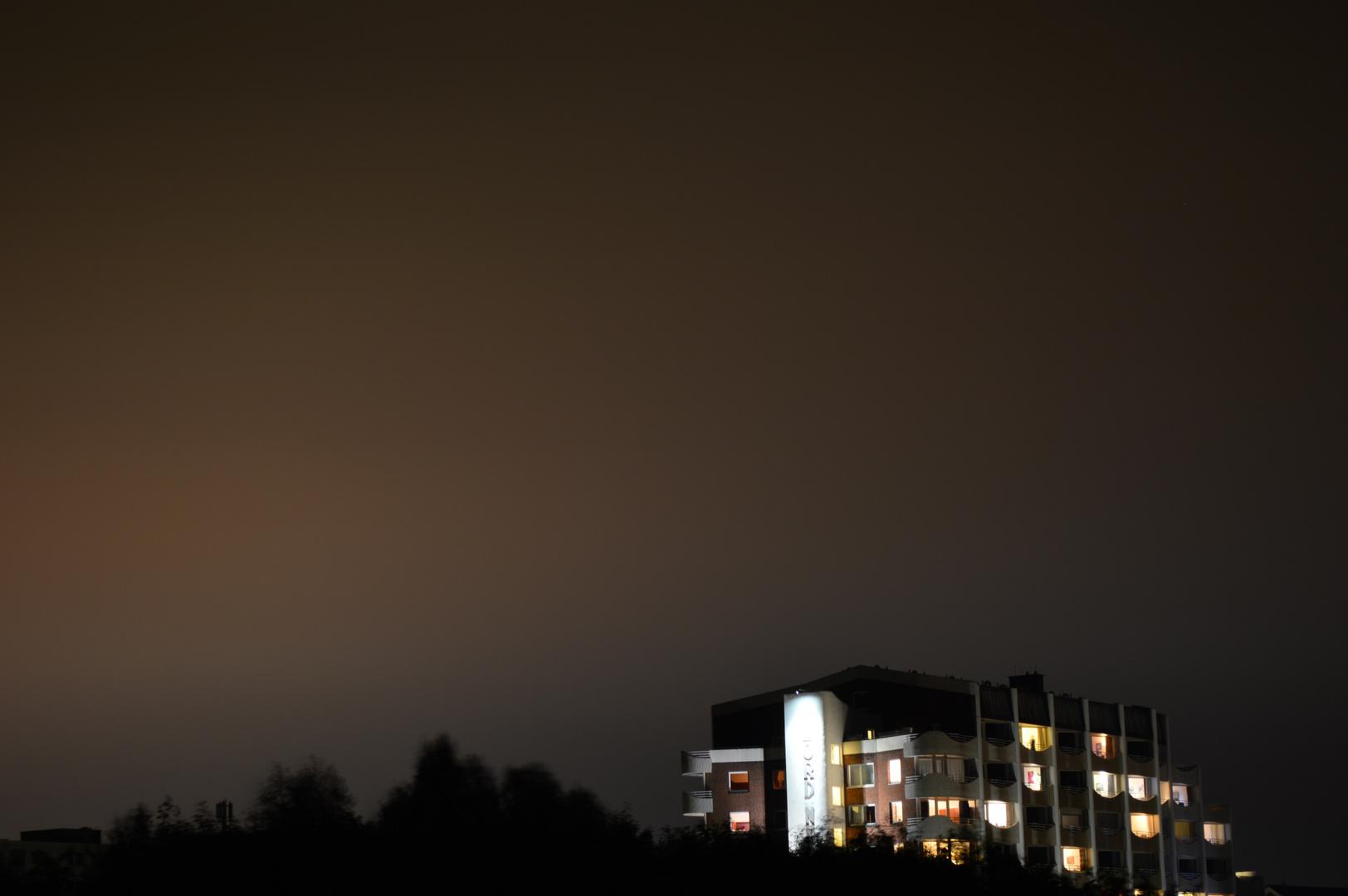 Das Hotel bei Nacht...