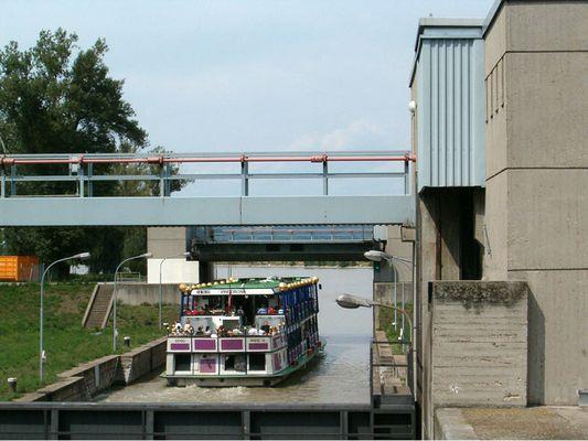 "Das Hundertwasserschiff ""VINDOBONA""..."