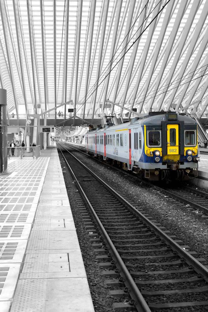 Das ist kein TGV am Gare TGV Lüttich oder? ;-)