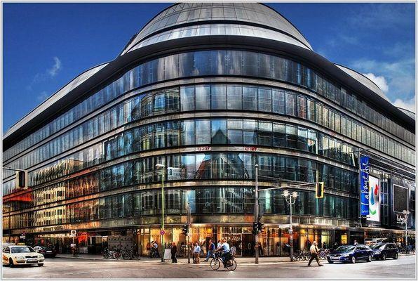 Das Kaufhaus Galerie Lafayette in der Friedrichstraße