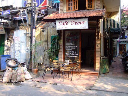 Das kleine Cafè gegenüber
