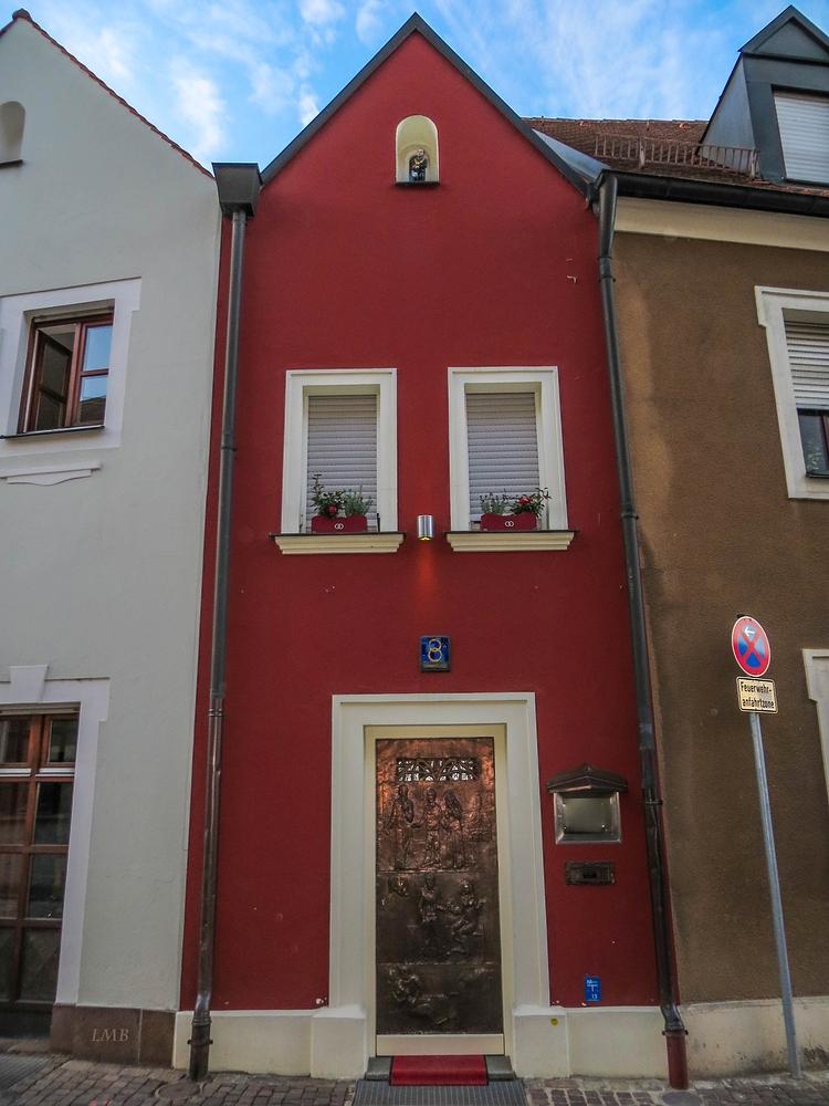 das kleinste hotel der welt foto bild deutschland. Black Bedroom Furniture Sets. Home Design Ideas