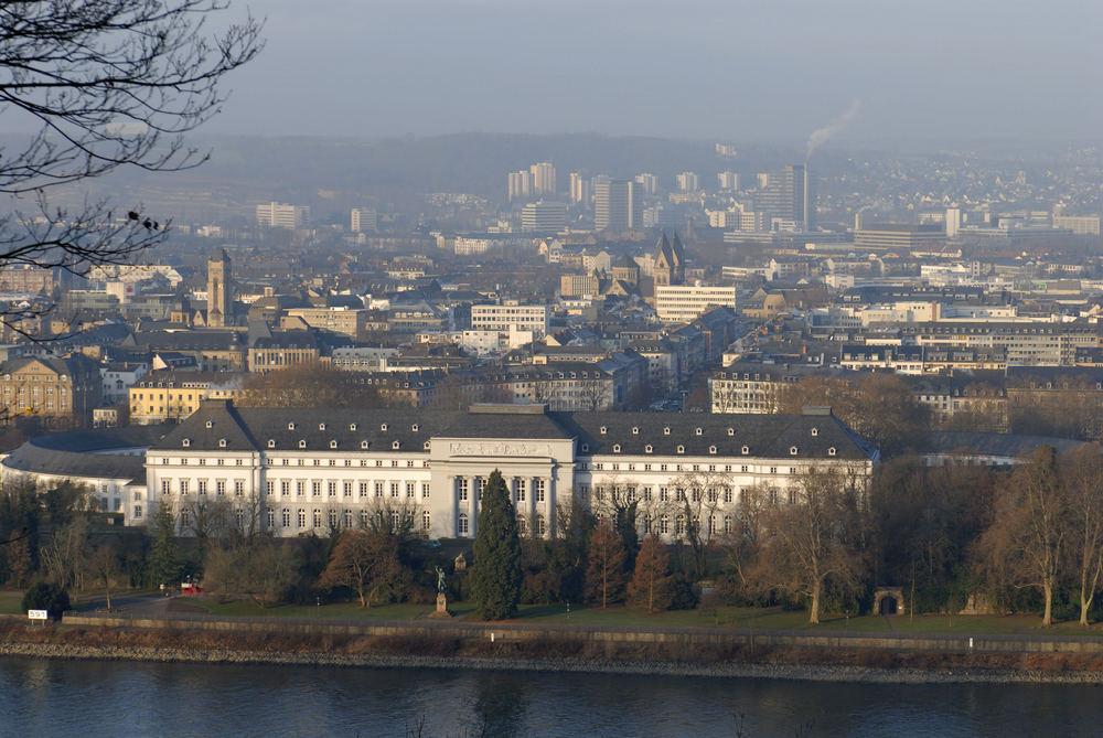 Das Koblenzer Schloß vom Asterstein gesehen