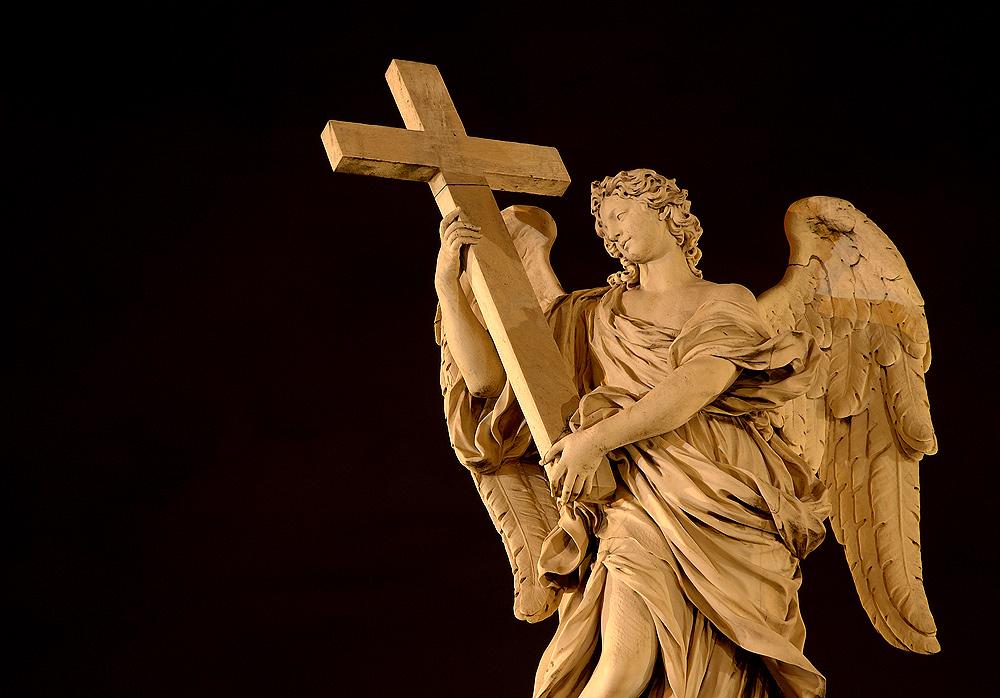 ...das Kreuz gen Himmel...