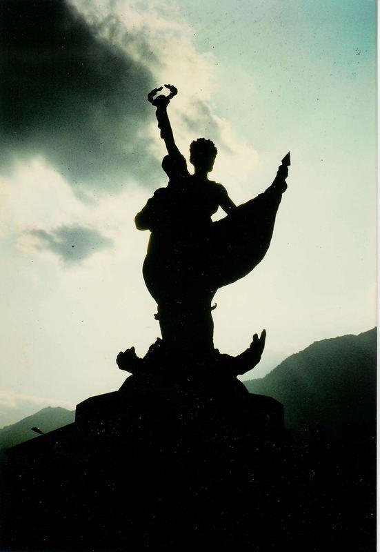 Das Kriegerdenkmal von Albertville (Savoyen) 2