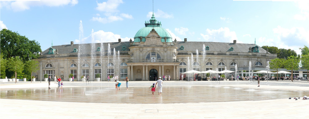 das kurhaus bad oeynhausen foto bild architektur stadtlandschaft historisches bilder auf. Black Bedroom Furniture Sets. Home Design Ideas