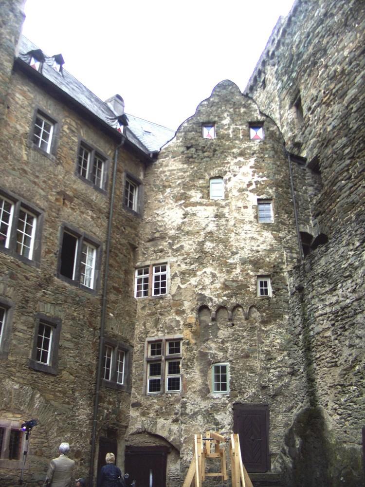Das Leben in der Burg Runkel (11)