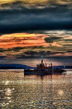 Das letzte Schiff - abends am Chiemsee