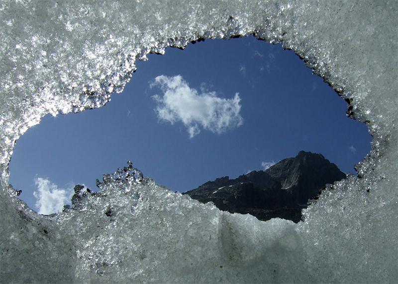 das loch im rhone-gletscher