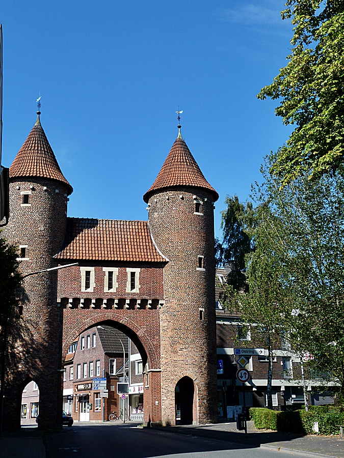 Das Lüdinghauser Tor in Dülmen . . . .