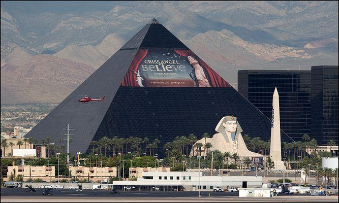 Das Luxor – Pyramide in der Wüste Nevadas