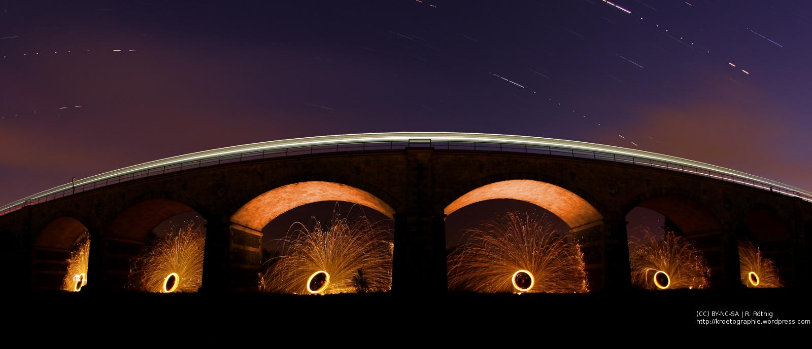 Das Neißeviadukt in Zittau bei Nacht + Stahlwolle