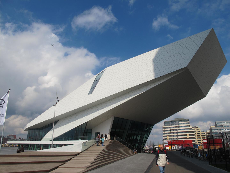 """Das neue Filmmuseum """"The Eye"""" in Amsterdam"""