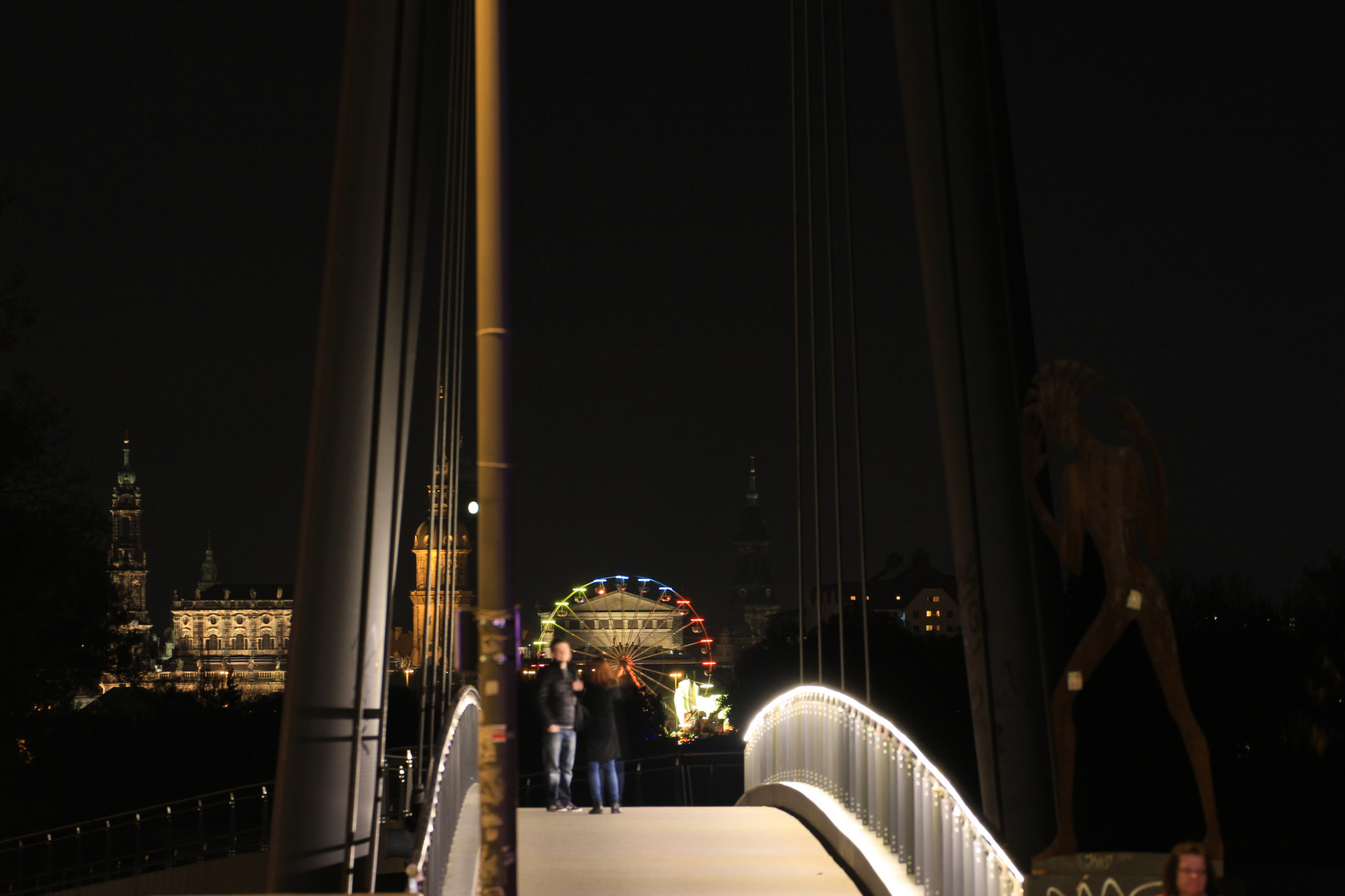 Das Paar auf der Brücke