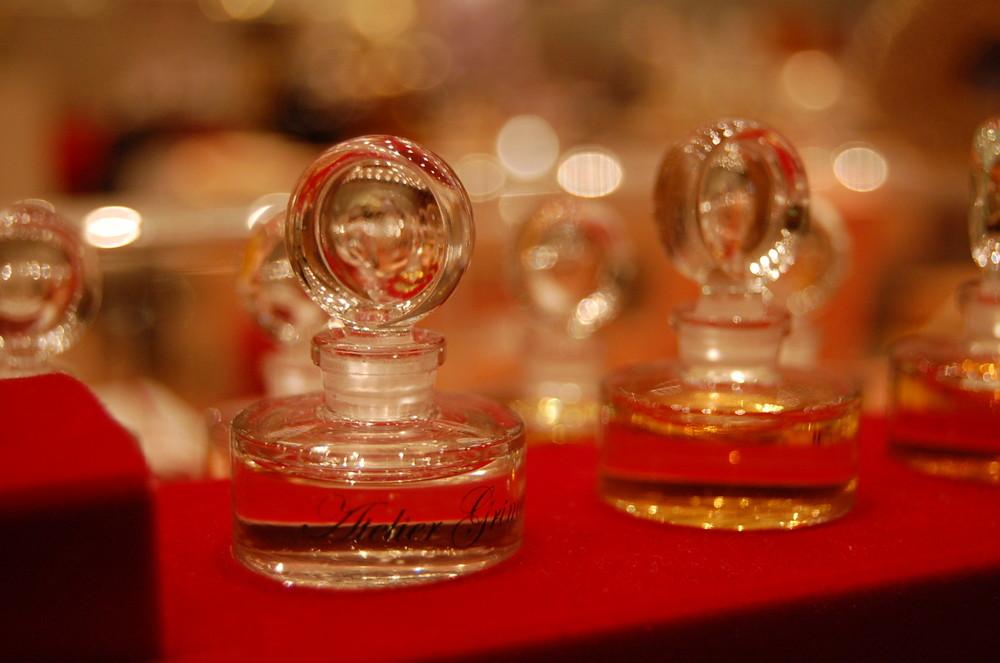 Das Parfum Set Sammlerflacons aus dem Film von Thierry Mugler
