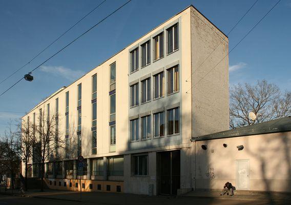 Das Peutinger-Gymnasium in Augsburg