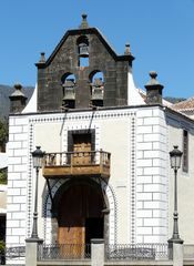 Das Portal der alten Kirche - El Paso-Isla La Palma