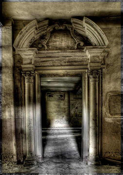 Das Portal zum Wahnsinn