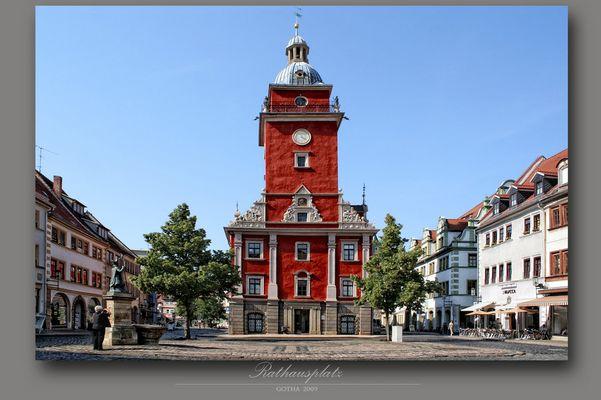 ..das Rathaus
