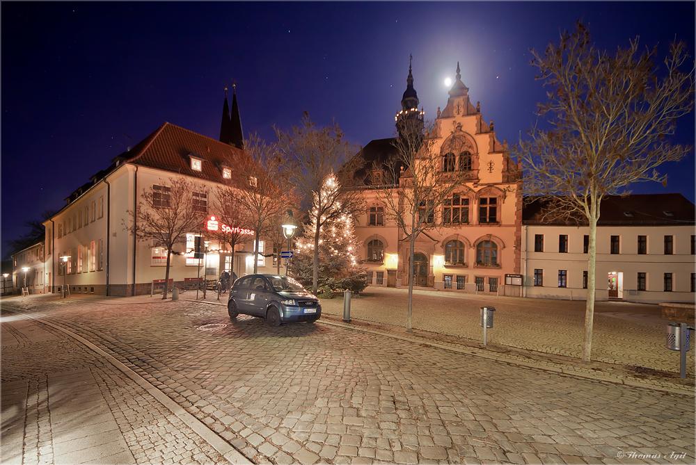 Das Rathaus am Freitag...