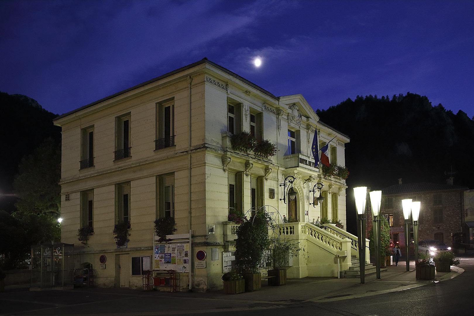 Das Rathaus von Castellane