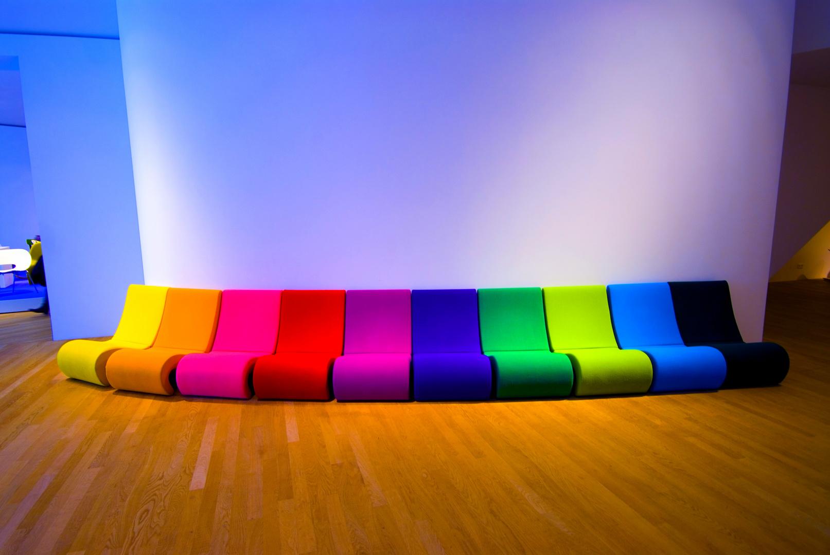 das Regenbogensofa