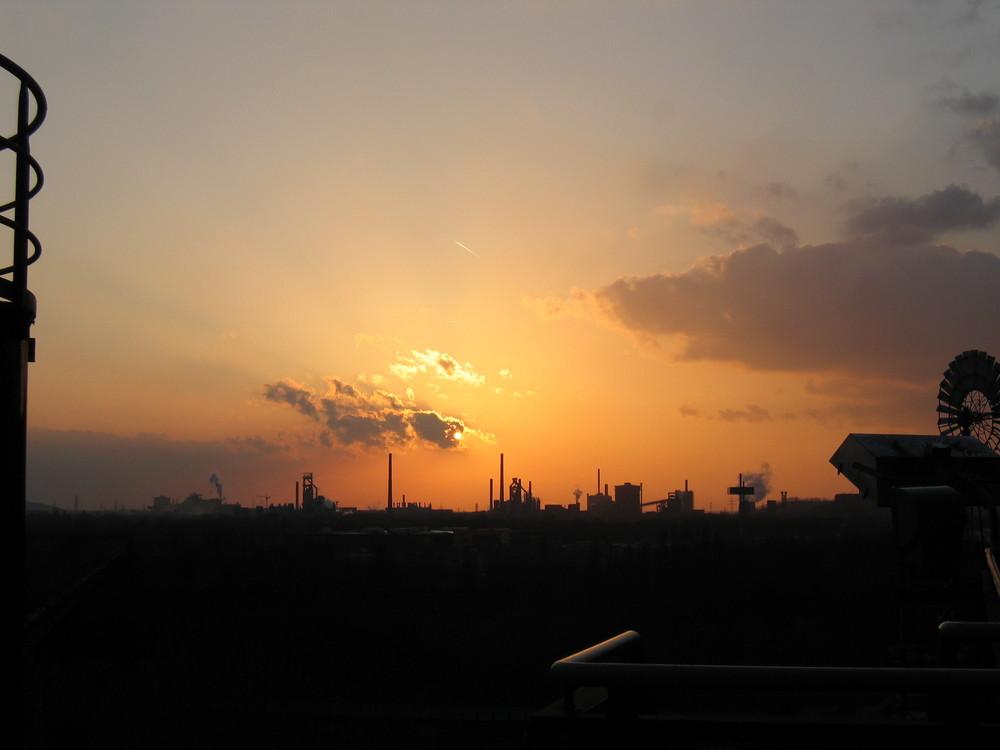 Das Ruhrgebiet zur Blauen Stunde