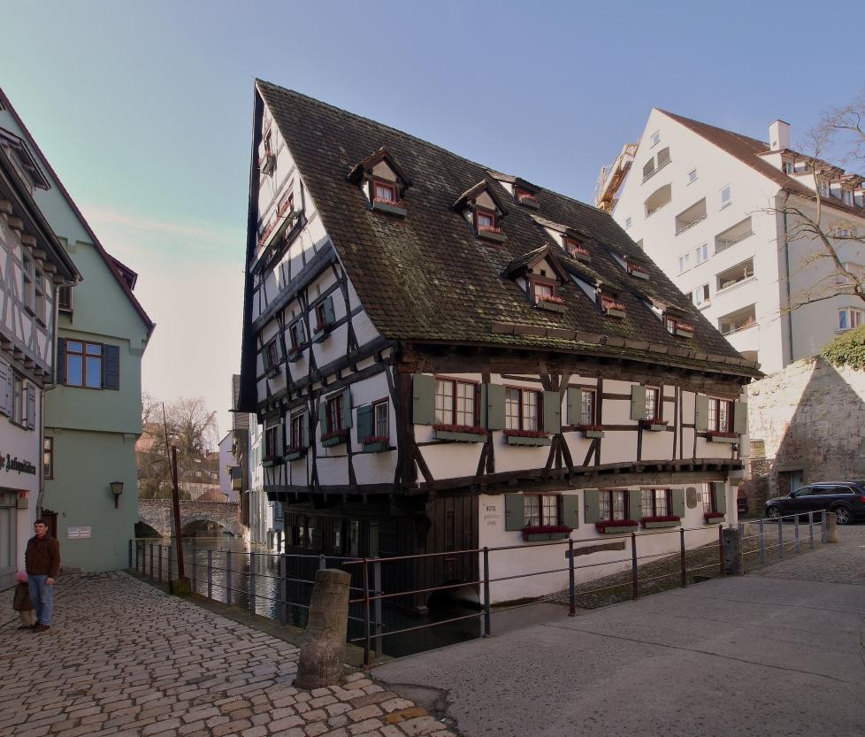 """Haus Bild: Das """"Schiefe Haus"""" ... Foto & Bild"""